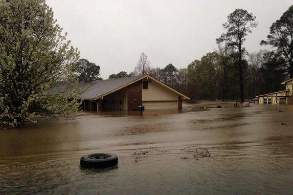 At-least-4-dead-in-Louisiana-Texas-Mississippi-flooding